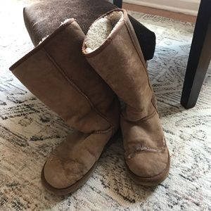 Ugg tall boots in sand color size 8
